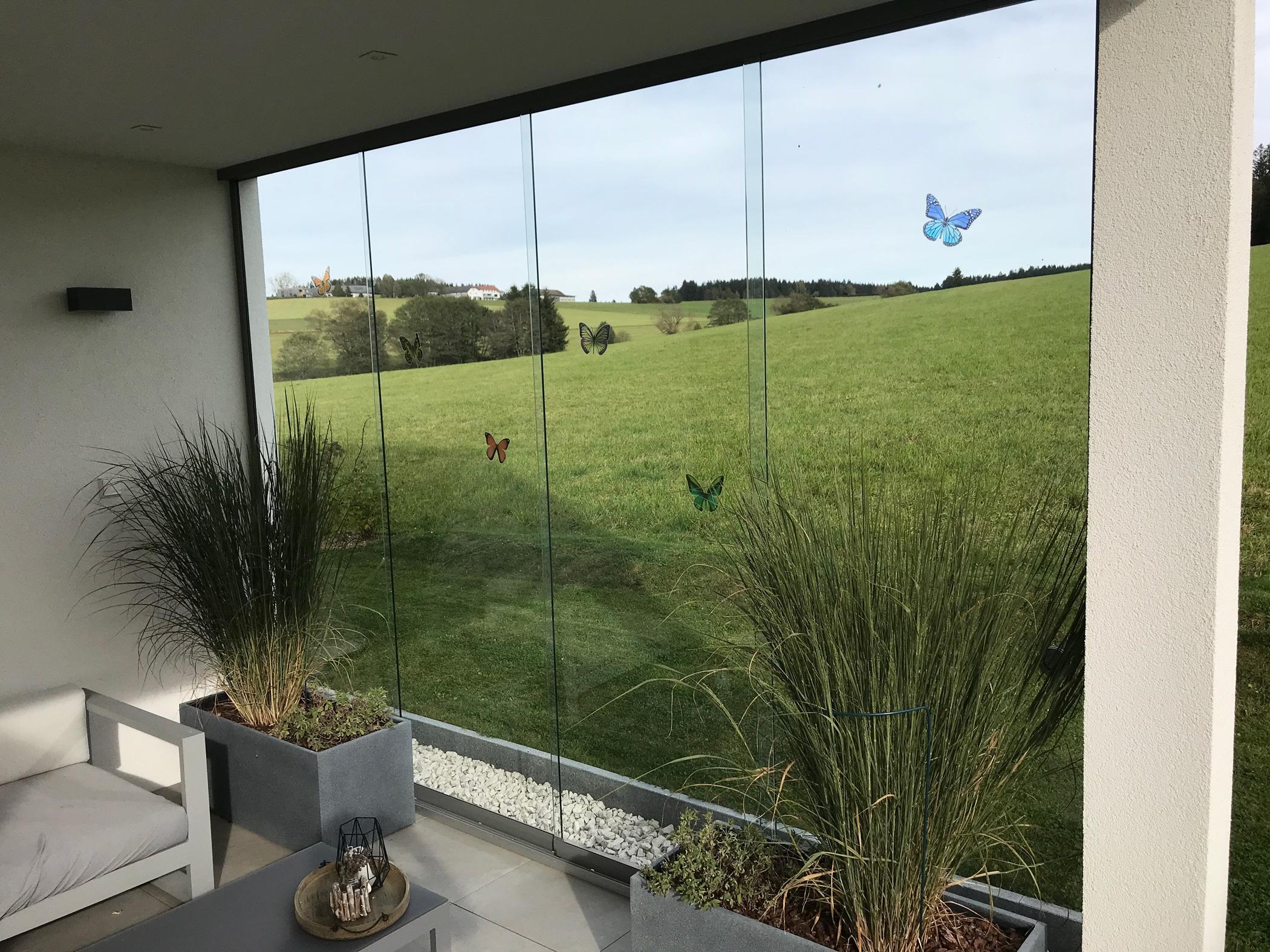 Rahmenlose Terrassenverglasungen verschiebbar