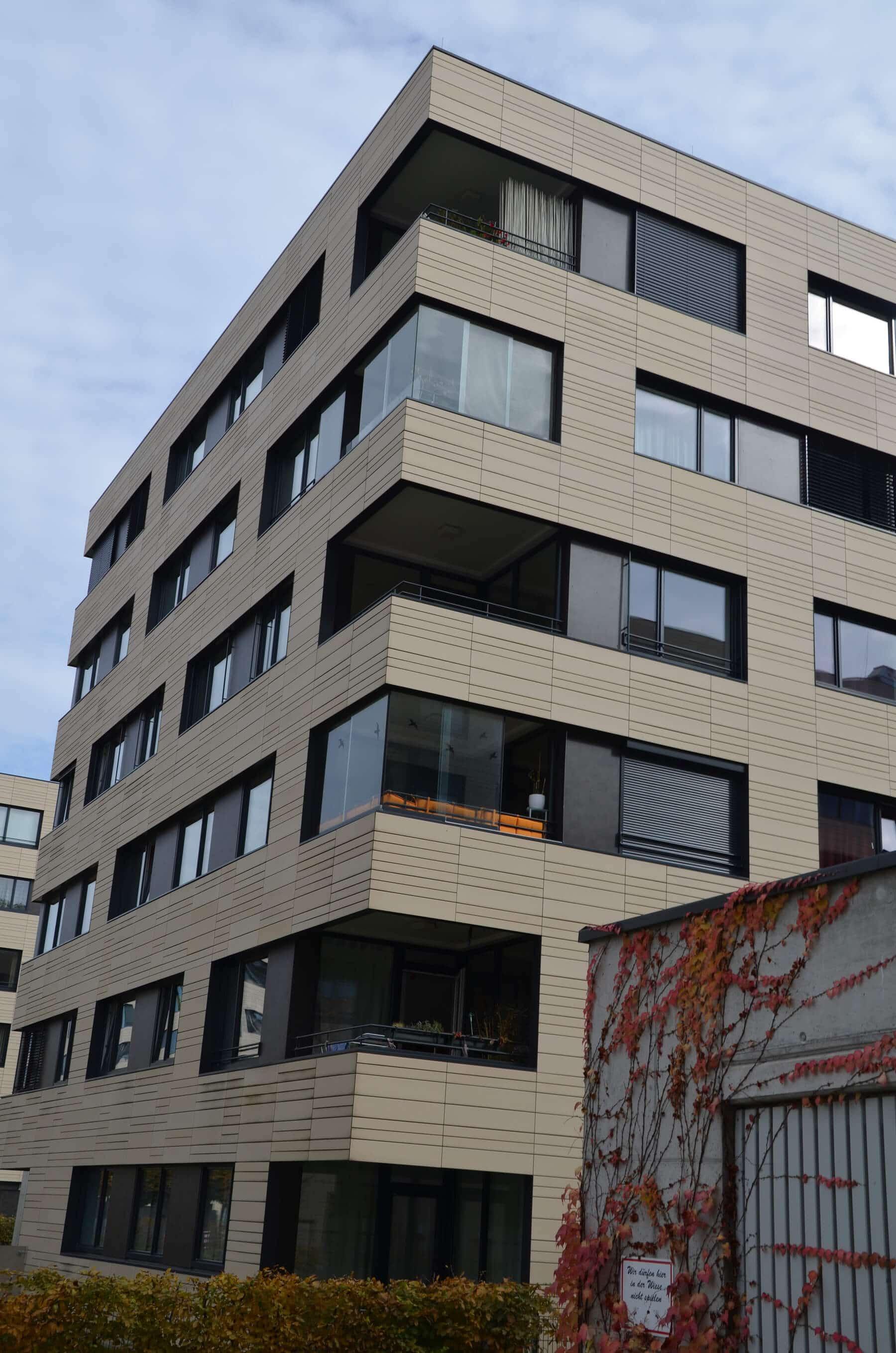 Rahmenlose Verglasung für Balkon in der Lederergasse in Linz