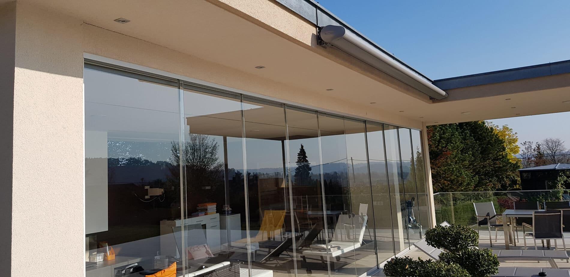 glasschiebet ren au en f r terrasse oder balkonverglasung. Black Bedroom Furniture Sets. Home Design Ideas