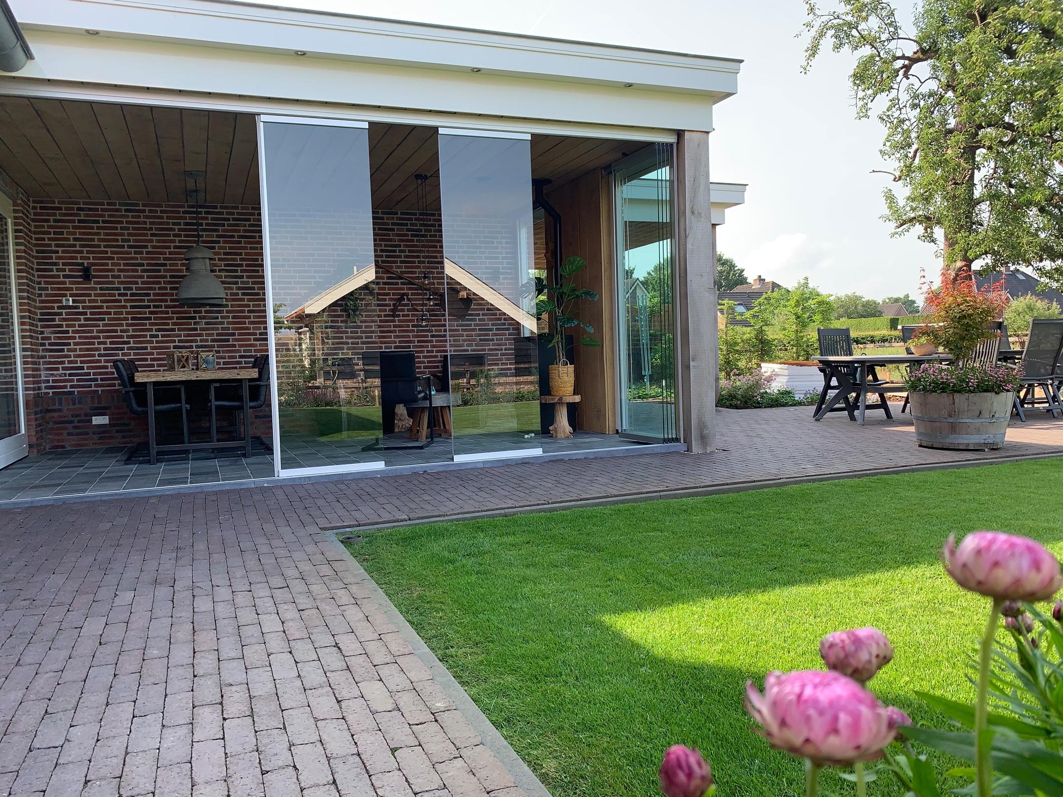 Schiebesystem Glas Terrasse auf Maß