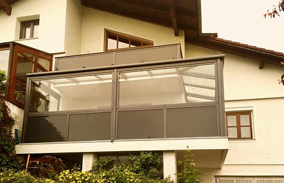 Balkonverglasung inkl. Glasgeländer in Oberösterreich
