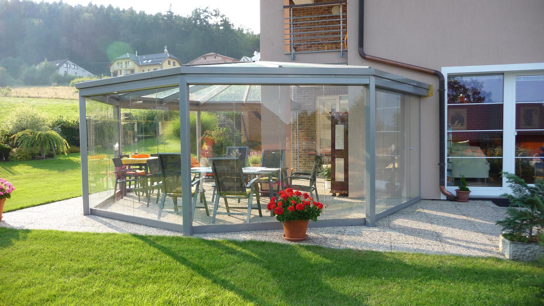 Sommergarten Schiebedrehwand aus Glas