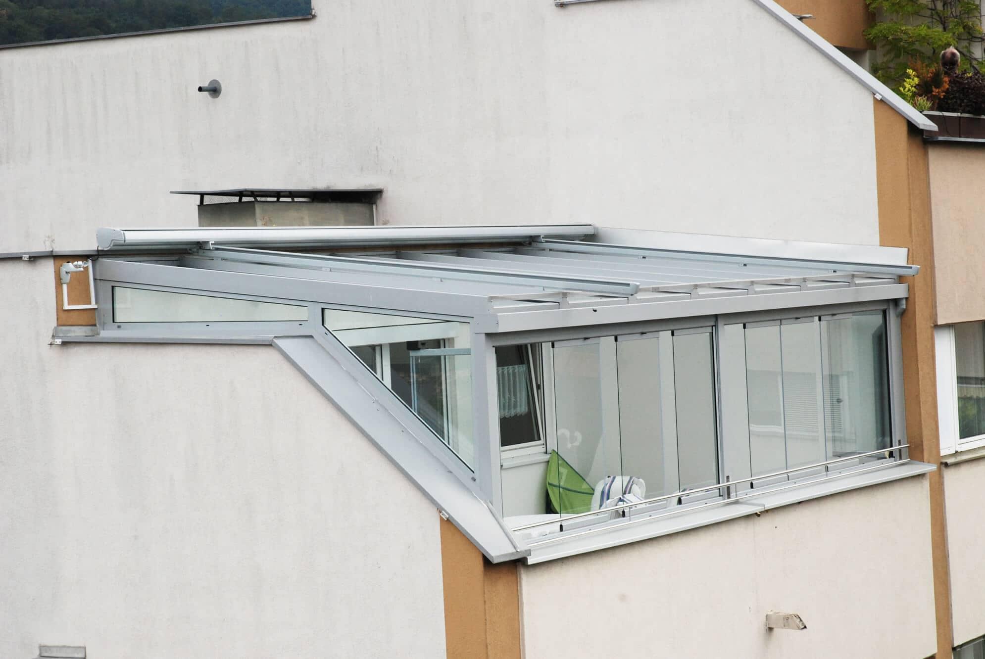 Sommergarten Sonderanfertigung mit Schiebe-Dreh-Verglasung Sunflex