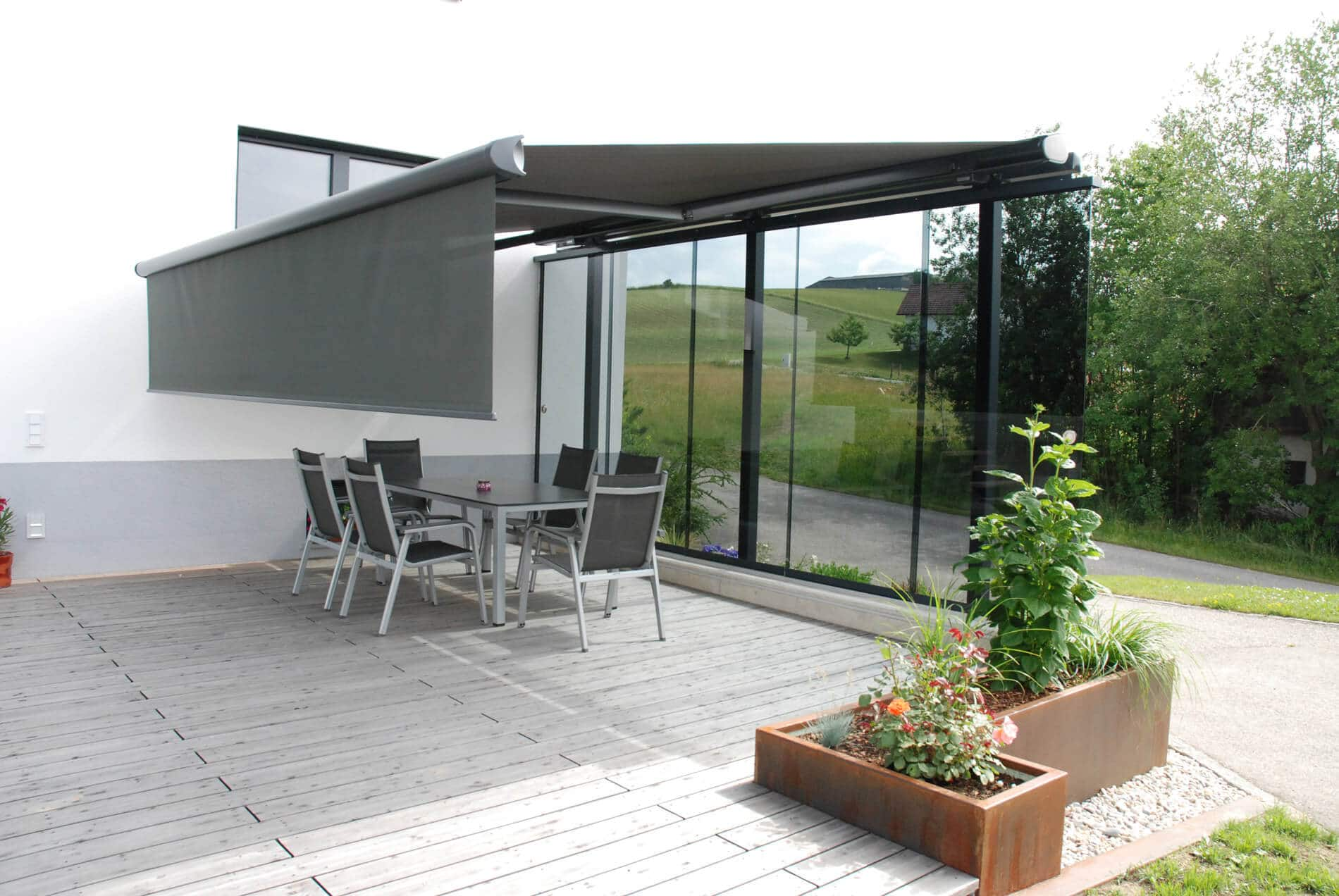 Sonnen- und Windschutz Terrasse