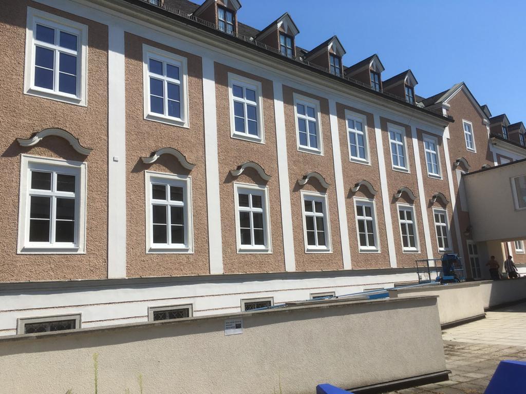 Sprossenfenster im Altbau montiert