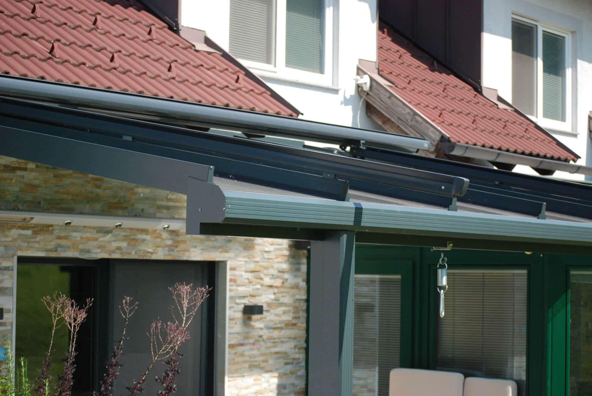 Terrasse mit einer Überdachung