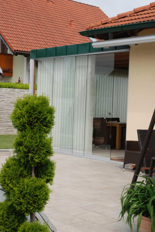 Terrassendach mit Falttüren