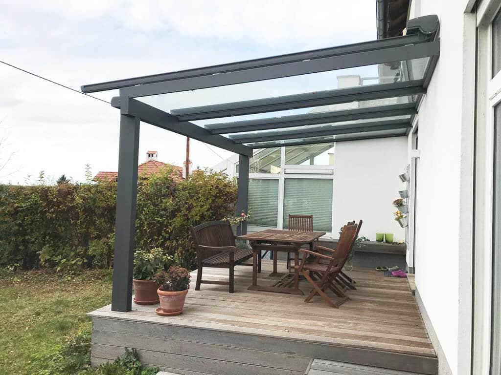 Terrassenüberdachung Alu mit Glasdach Markise