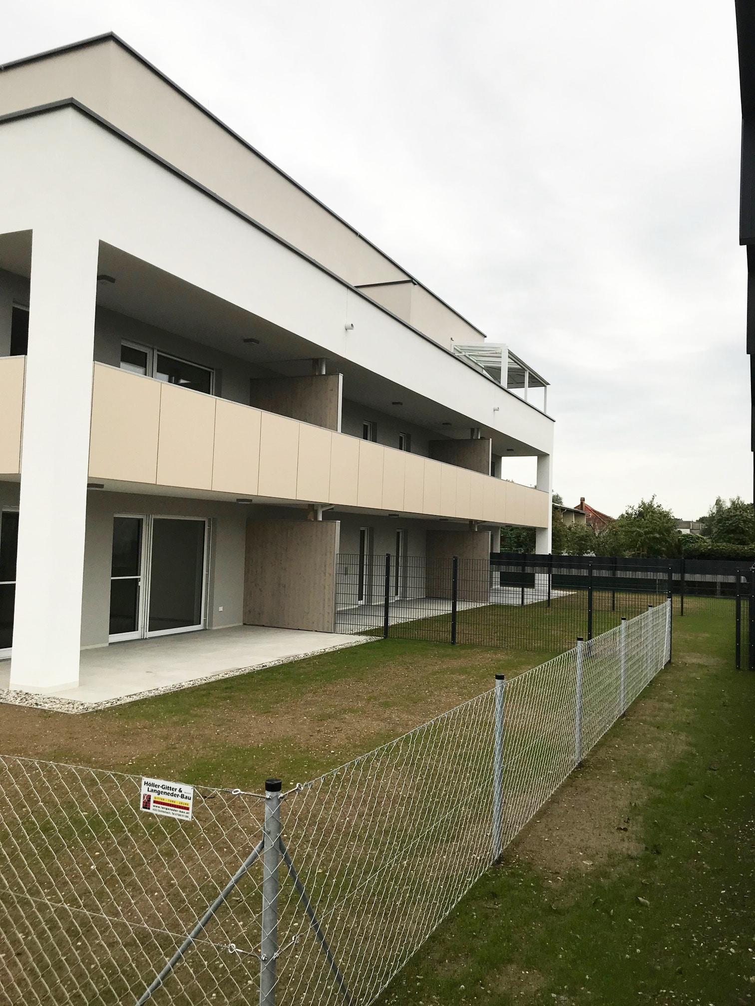 Terrassenüberdachung für Eigentumswohnung auf Dachterrasse