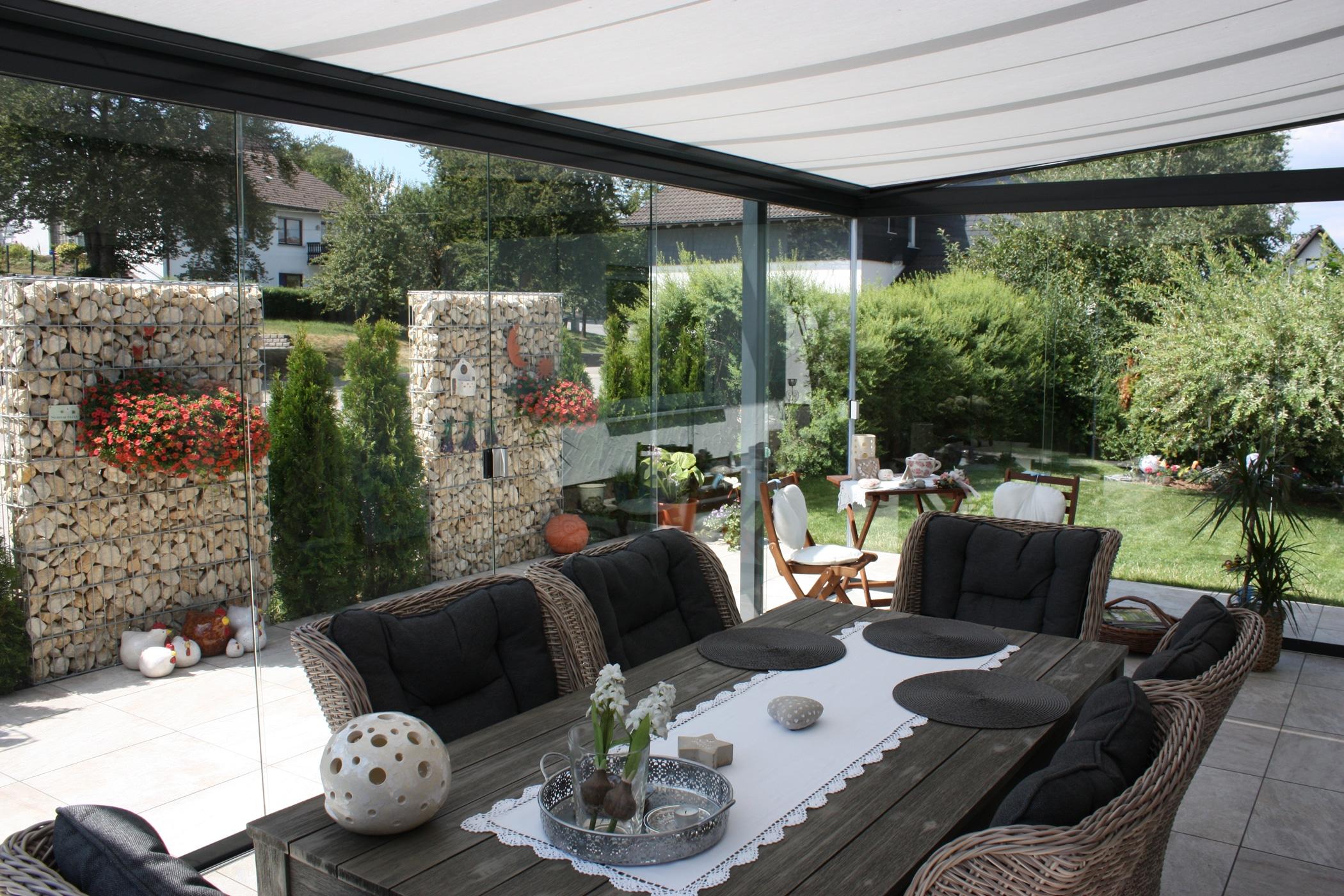 Terrassenüberdachung Glasschiebetüren Mühlviertel