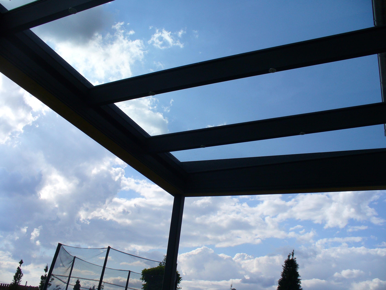 Terrassenüberdachung mit Klarglas