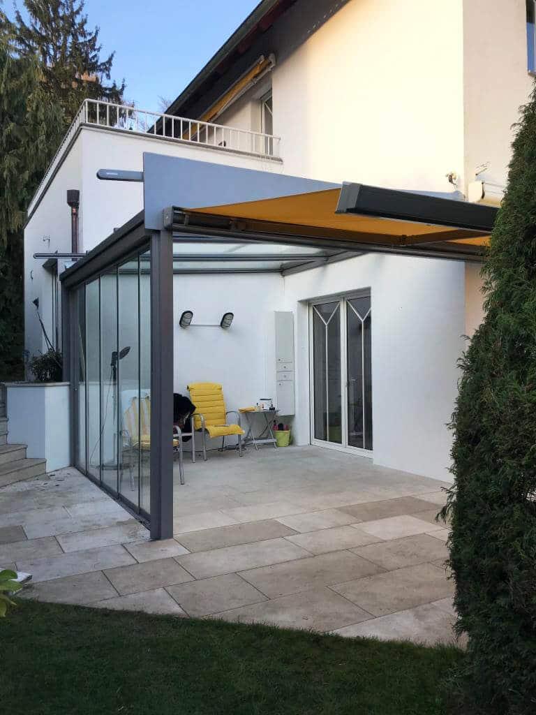 Terrassenüberdachung mit Schiebeelementen