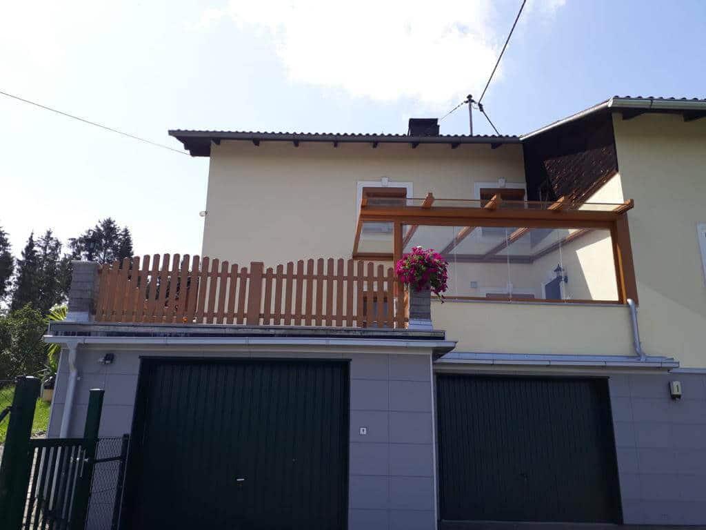 Terrassenüberdachung oberhalb Garage