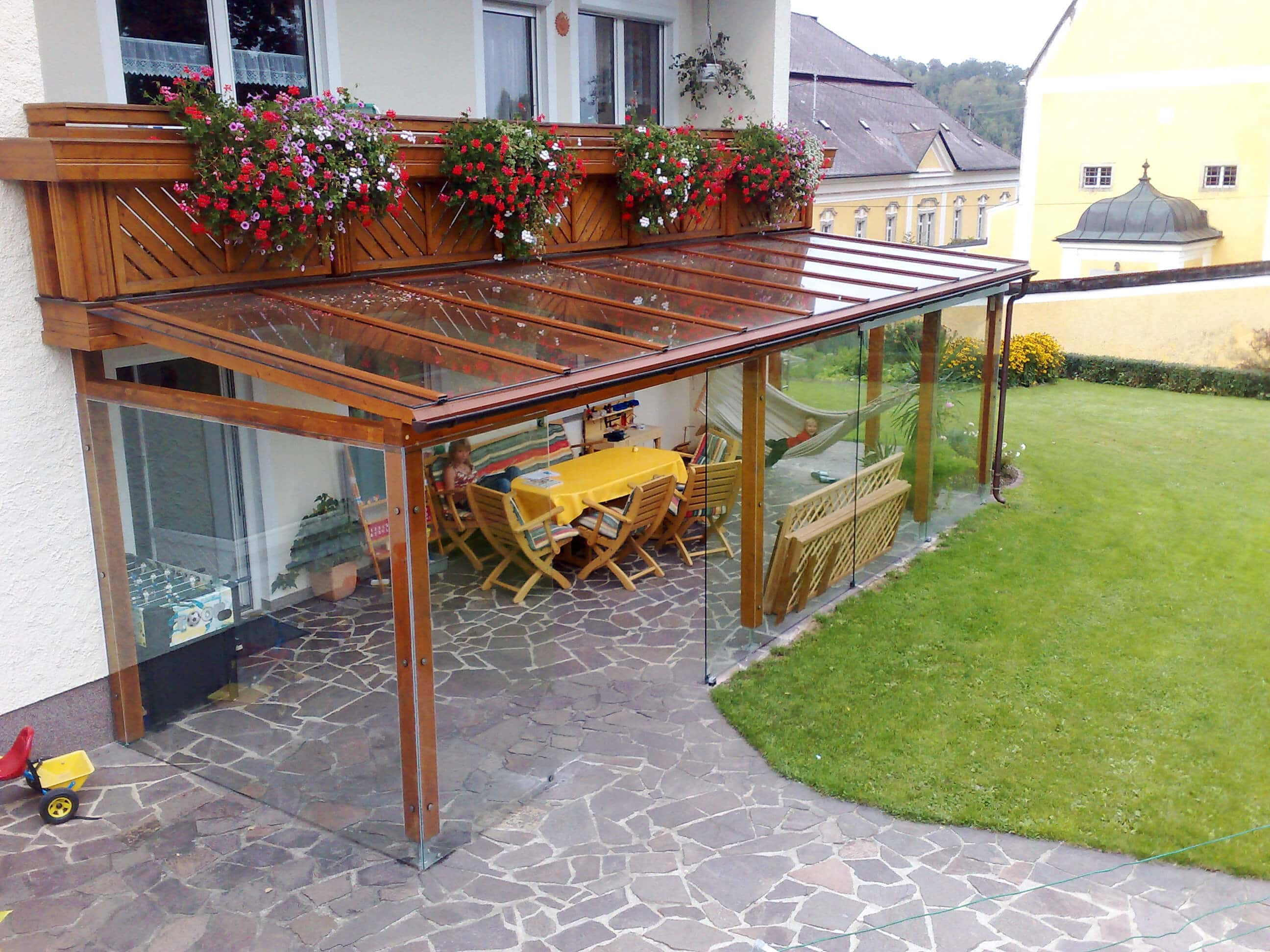 Beautiful terrassenuberdachung holz alu images house for Fenster holz