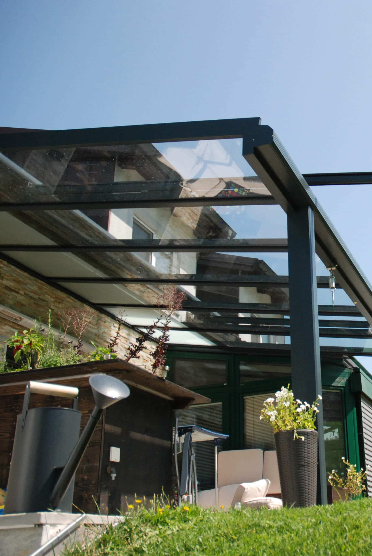 Terrassenüberdachung unter Dachüberstand