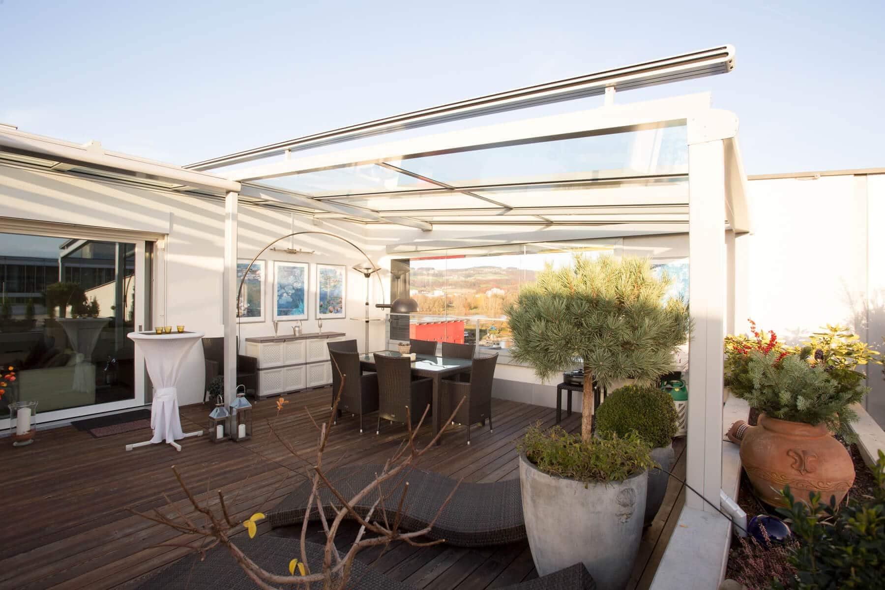 Terrassenverglasung auf einer Dachterrasse