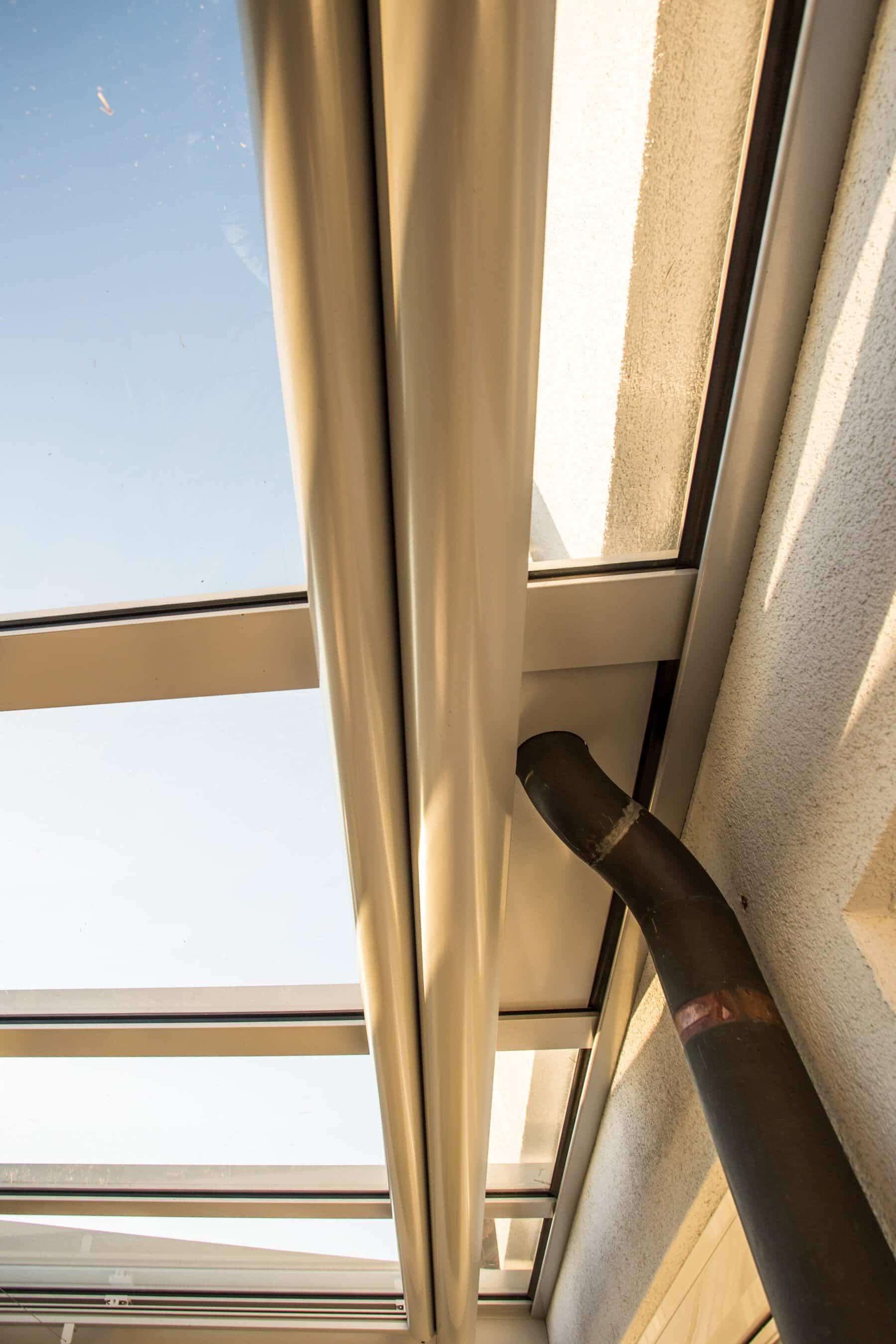 Überdachung Auslass für bestehende Dachrinne bei Dach