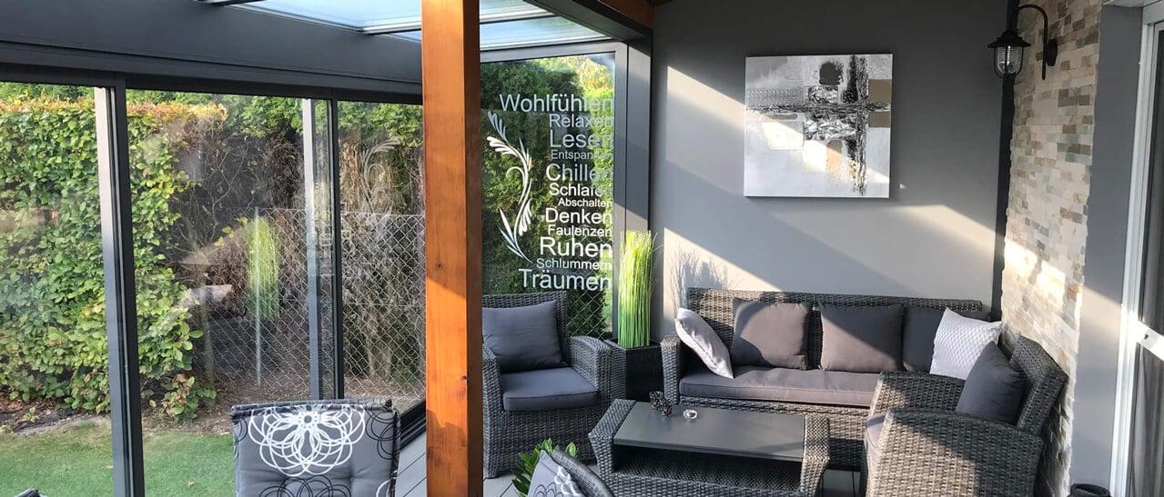 Wellnesswintergarten zum Lesen & Relaxen