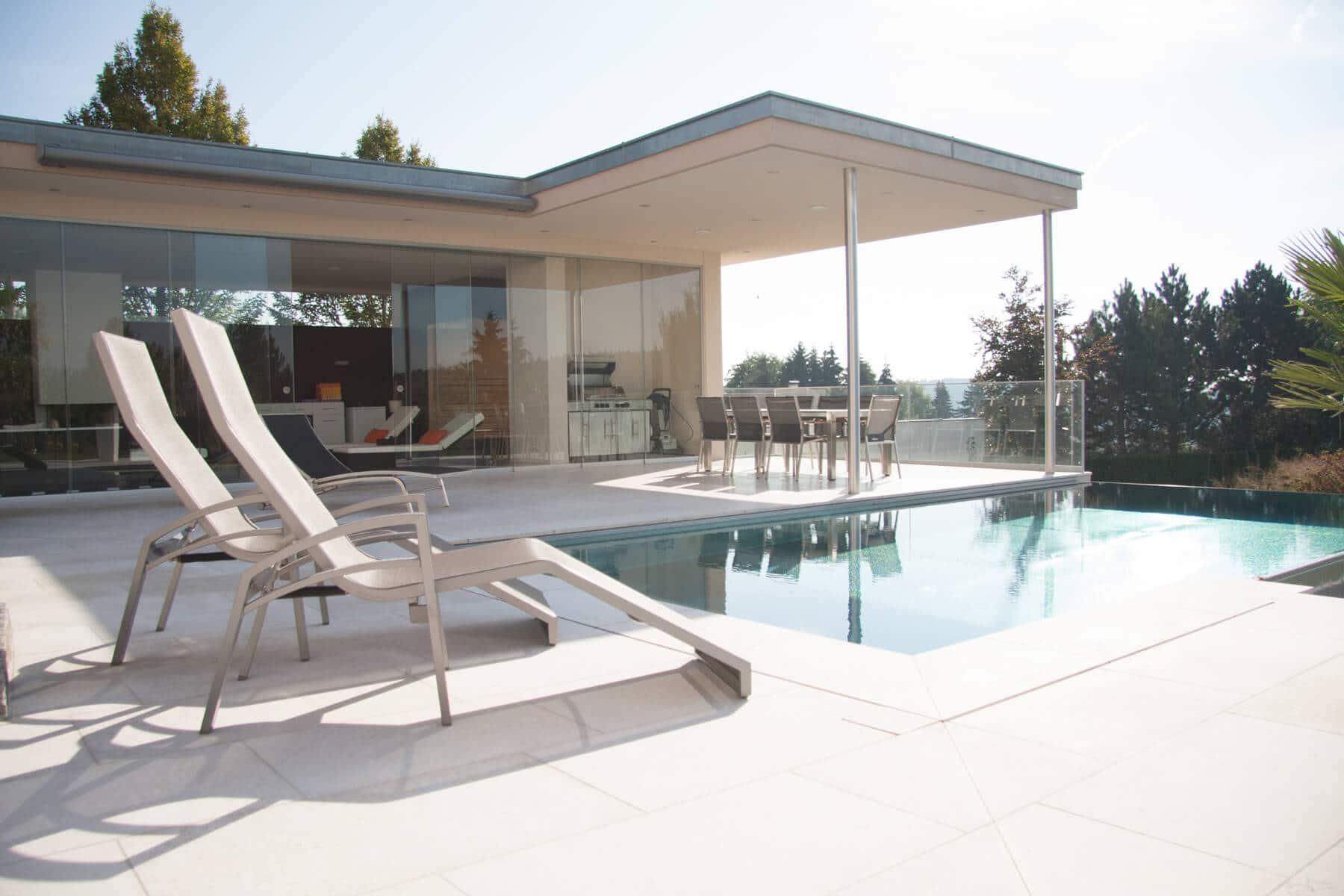 wintergarten braun aluminium pulverbeschichtet fenster schmidinger. Black Bedroom Furniture Sets. Home Design Ideas