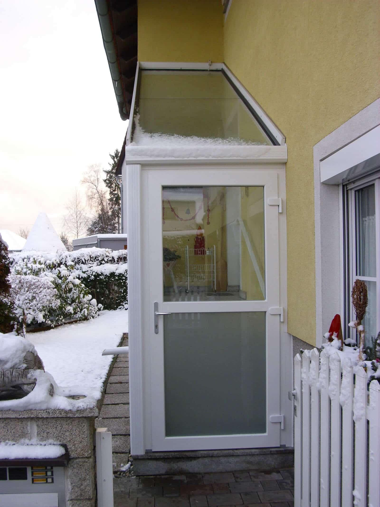 Windschutz-Stiegenaufgang & Eingangsbereich