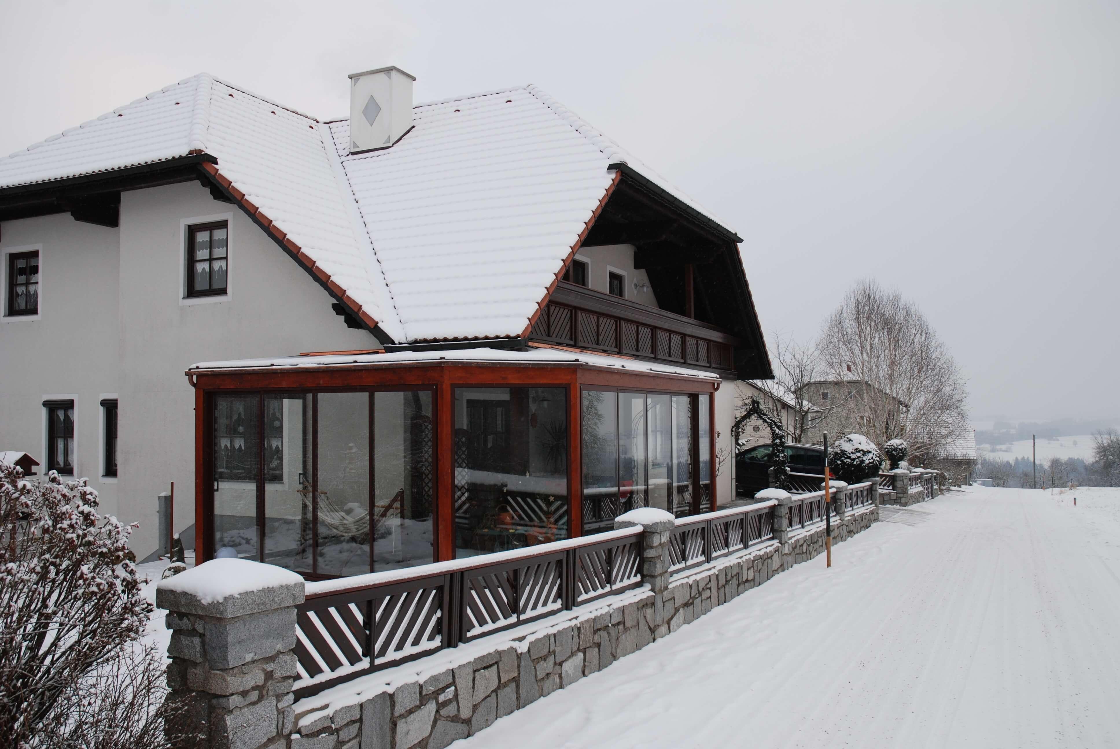 Wintergarten mit Dachverglasung aus Verbundsicherheitsgläsern