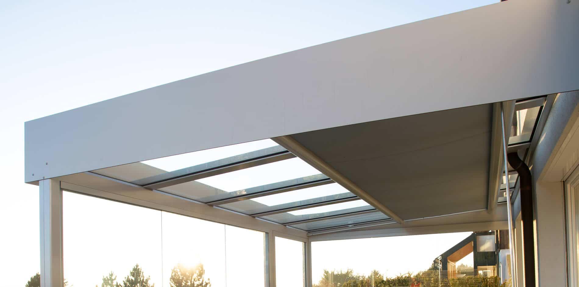 Wintergarten Flachdach modern mit Glas