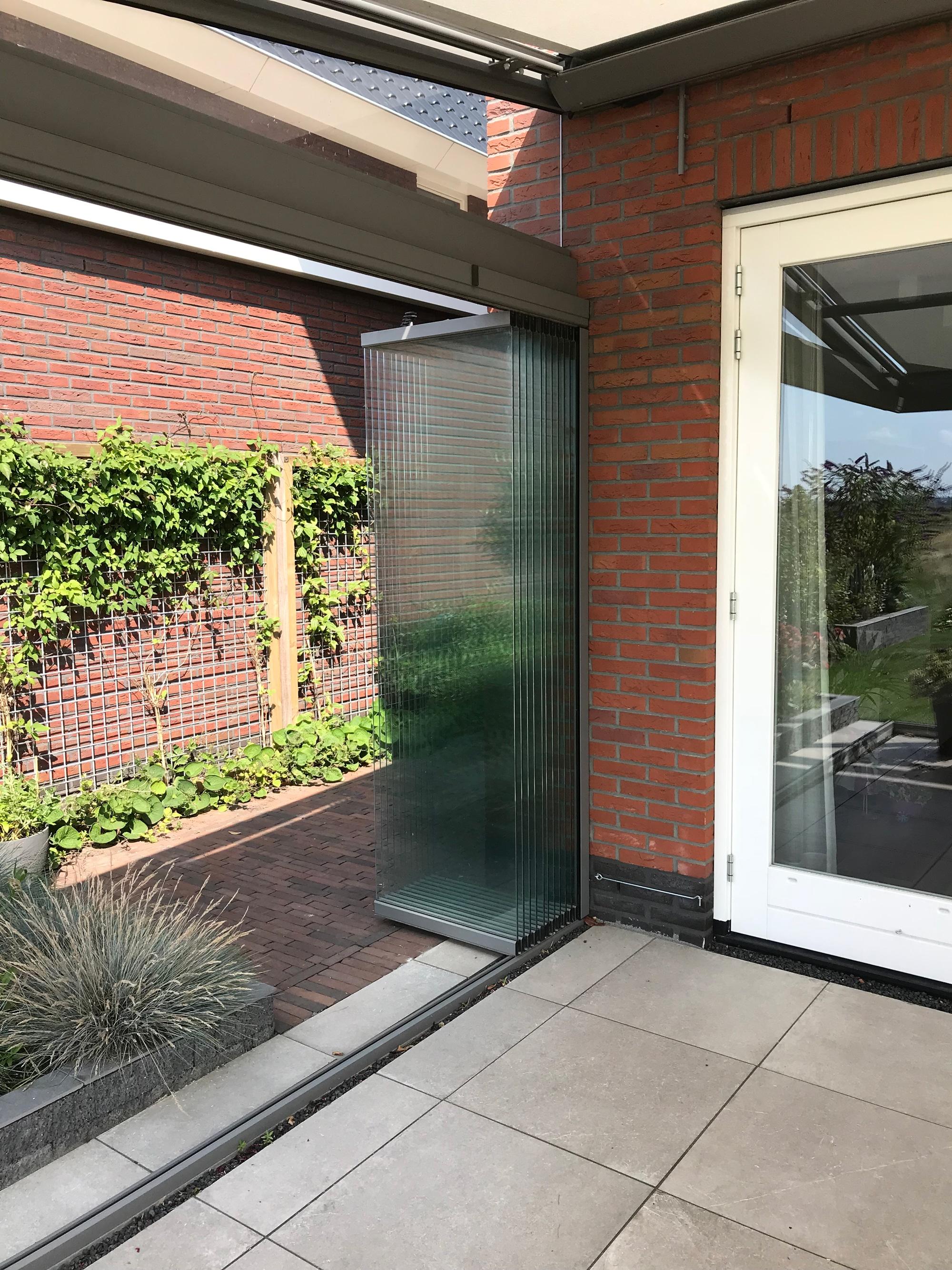 Wintergarten Glas-Schiebe-Dreh System