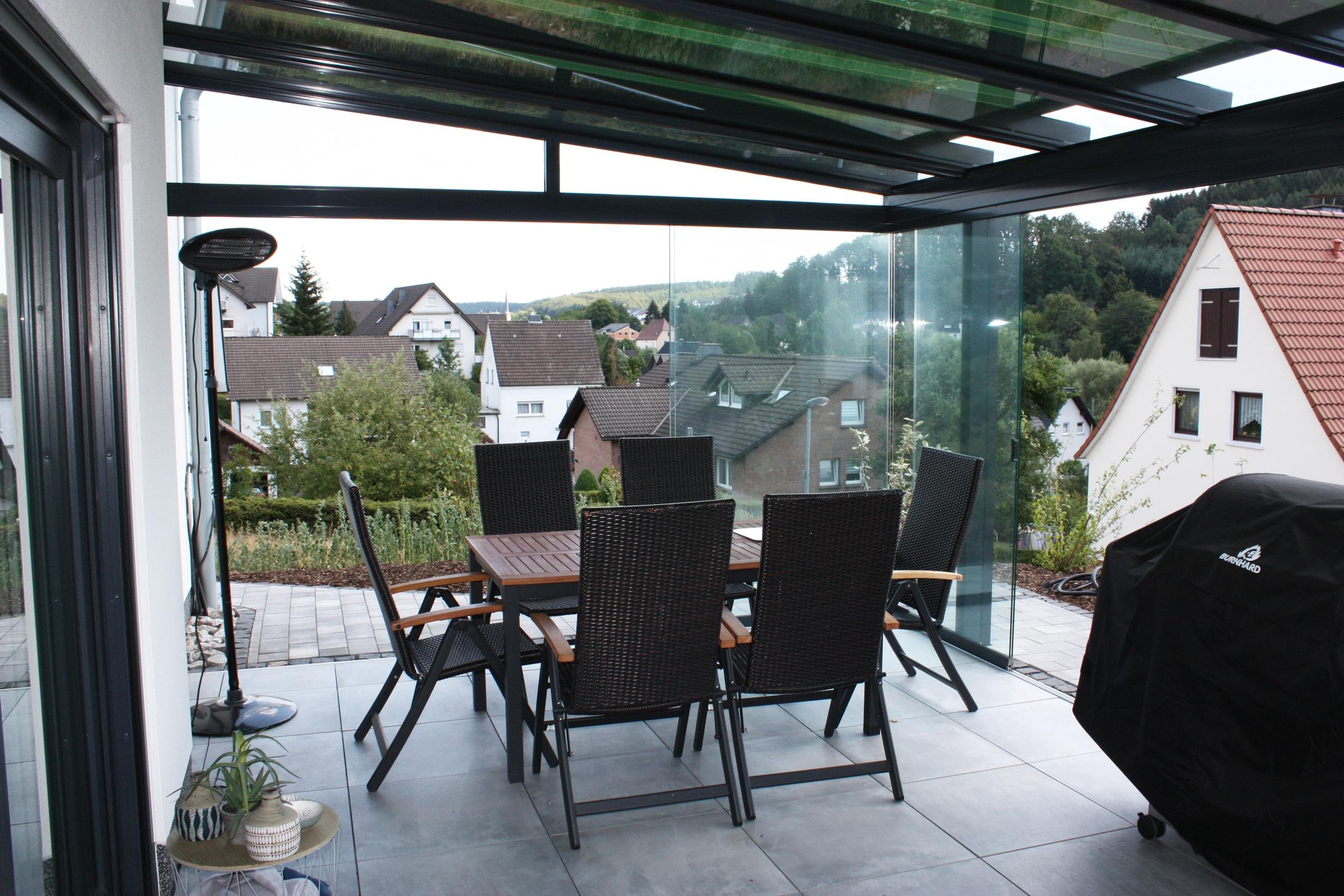 Wintergarten nicht isoliert mit Glasschiebetüren