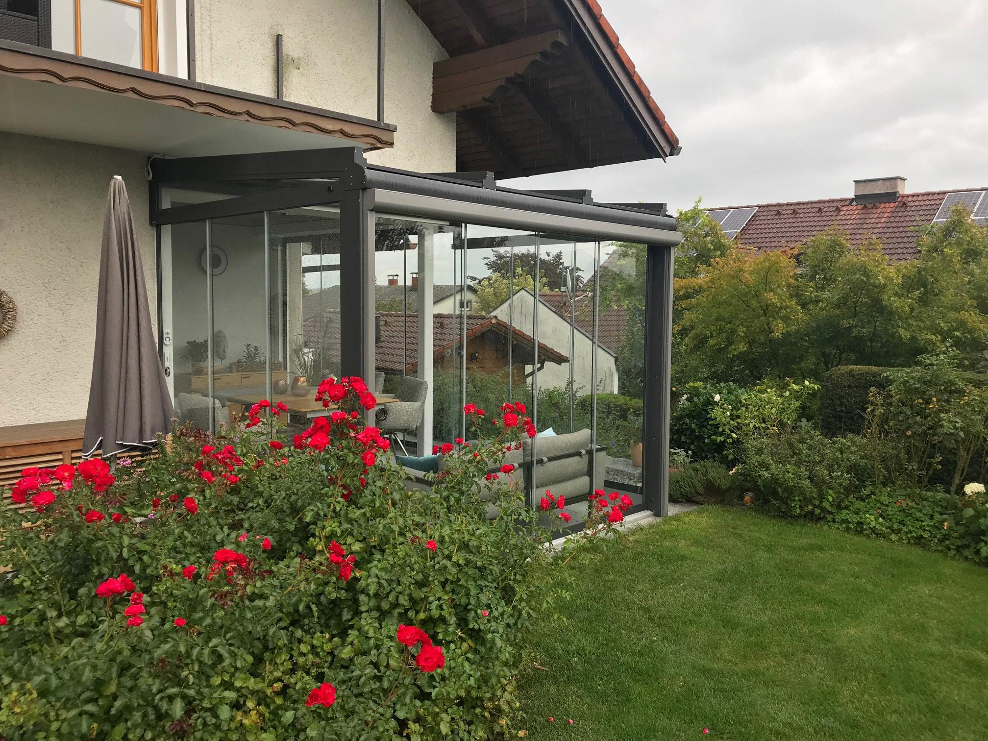Wintergarten-Sommergarten gemütlich eingerichtet